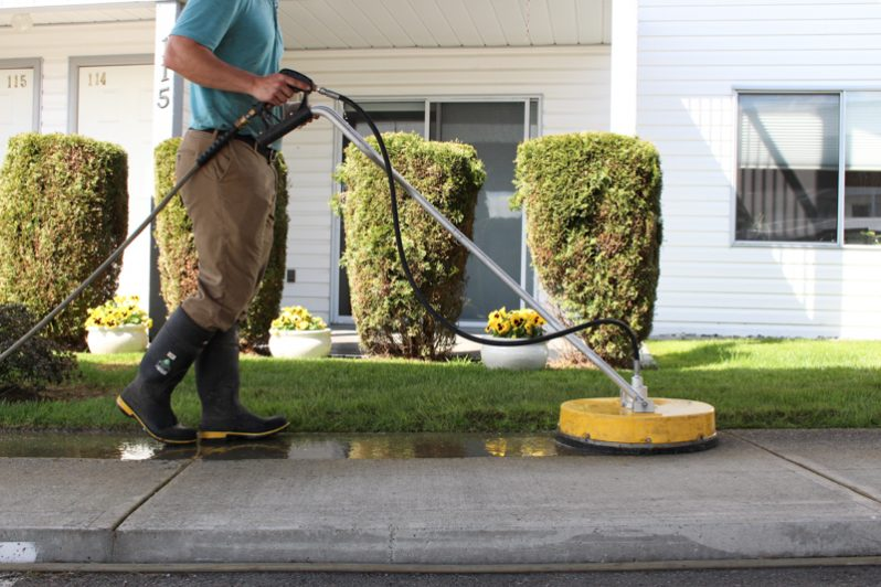 walkways-Clean-driveways-cement-abbotsford