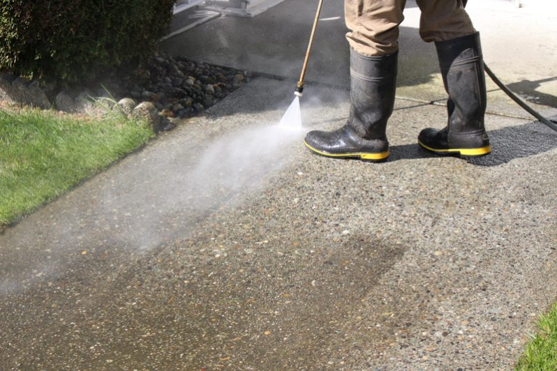Power wash concrete maple ridge
